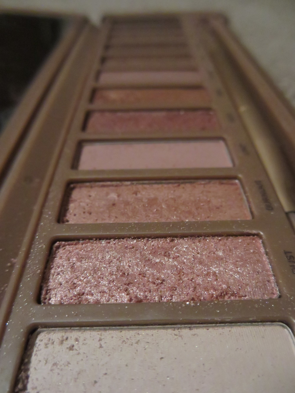 Urban Decay Naked 3 eyeshadow palette (review,swatches)