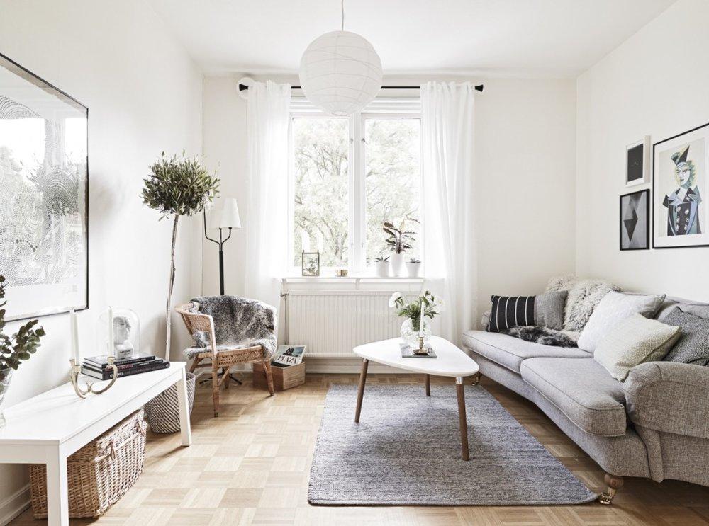 31220-scandinavian-interior-living-room-coffee-table-with-plants-decor