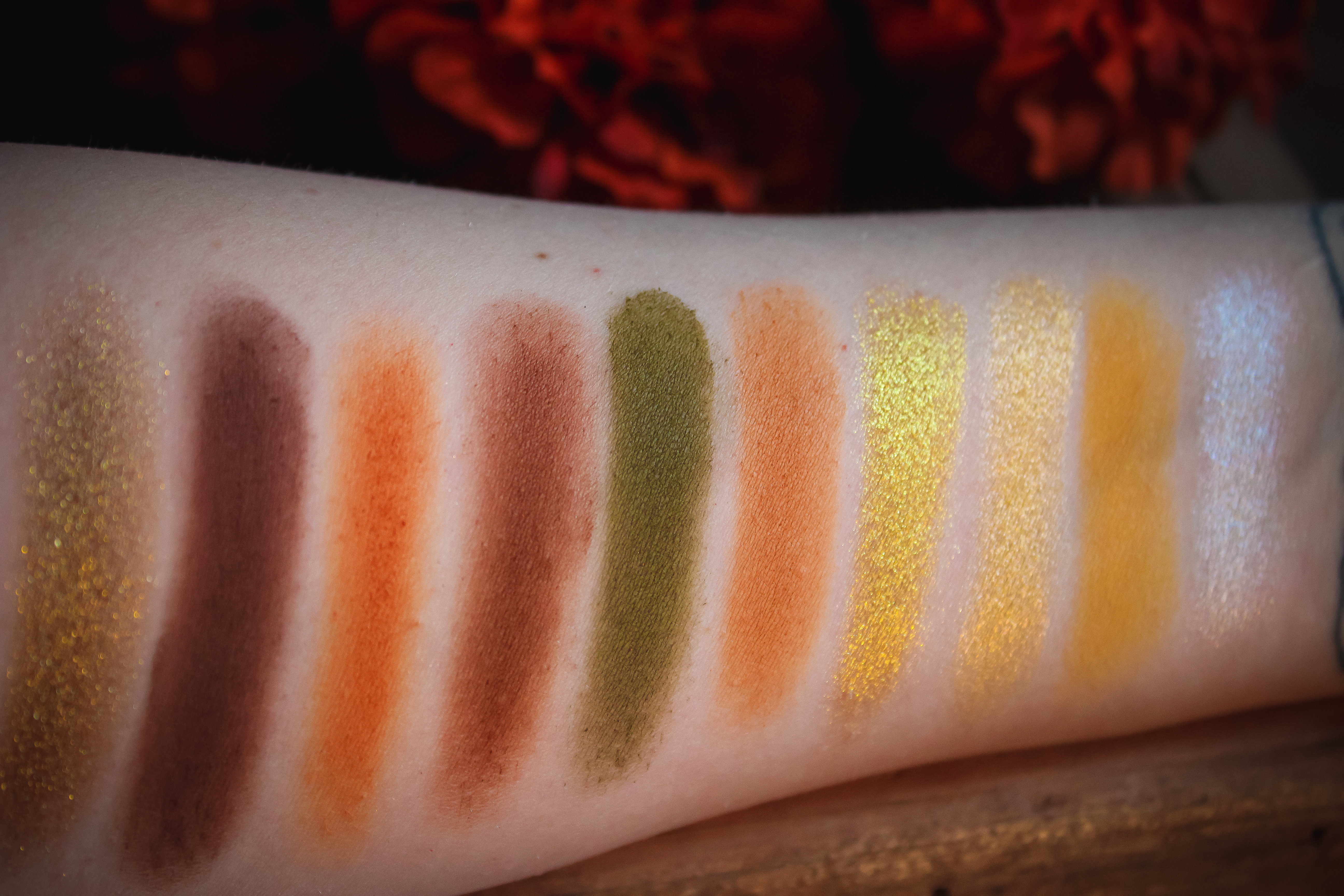 Morphe x Jaclyn Hill Armed and Gorgeous Palette Swatches